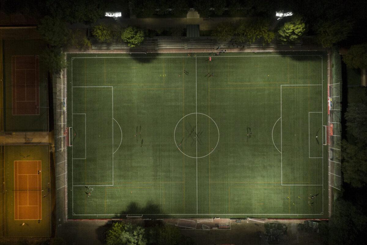 Iluminación campo de fútbol